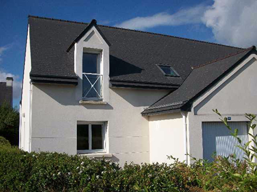 A louer yffiniac immobilier for A louer immobilier